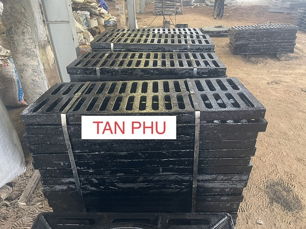 Hình ảnh thực tế về sản phẩm tại Nắp hố ga Tân Phú
