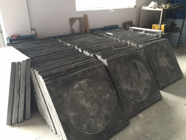 Nắp gang 800x800 được sử dụng phổ biến ở Việt Nam